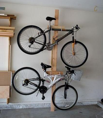 Egy oszlopra is rögzíthet kerékpártárolót egymás fölé.